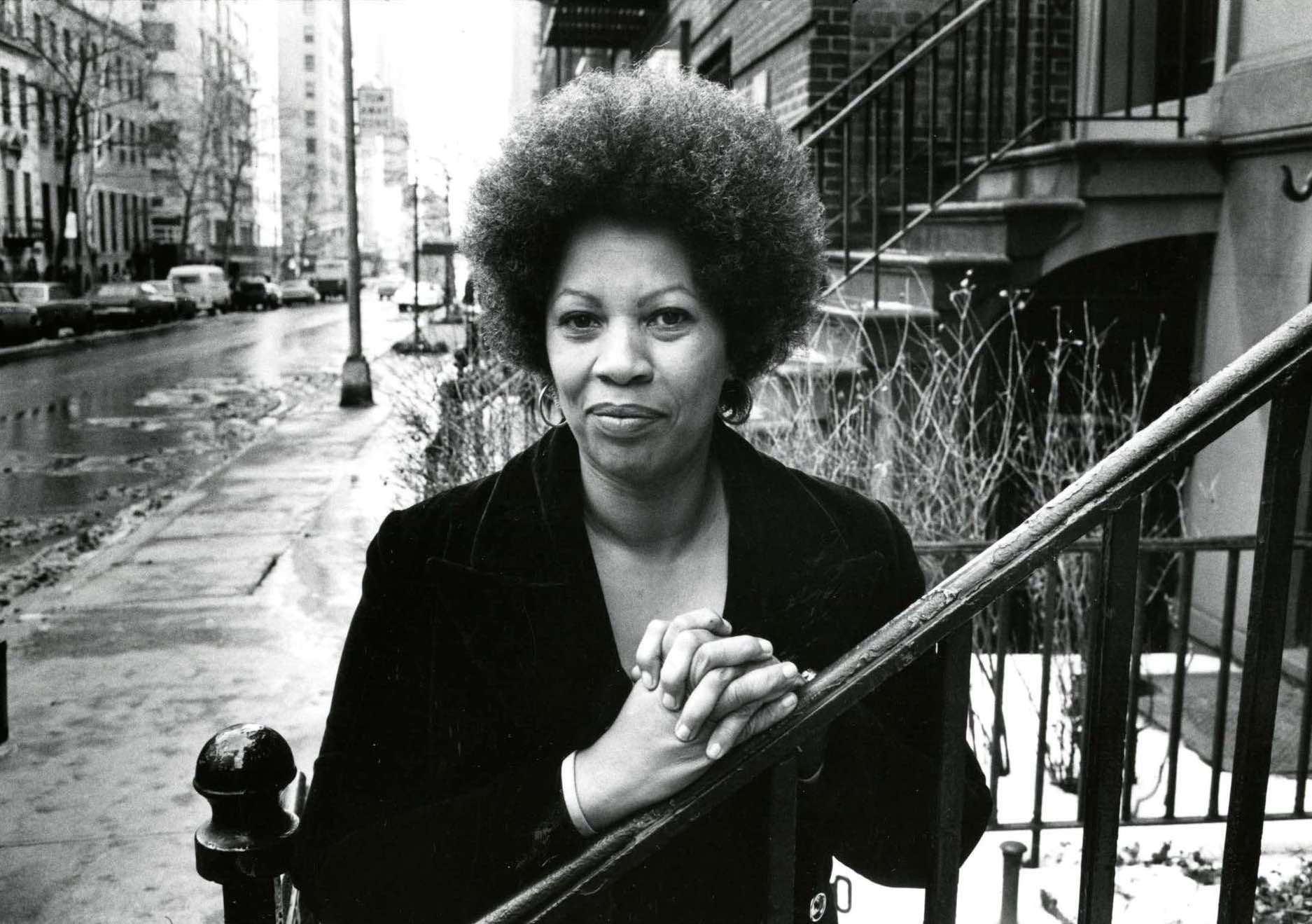 Toni Morrison. Un film racconta la donna che ha restituito agli afroamericani la loro storia