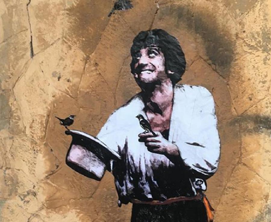 La Street Art omaggia Gigi Proietti. Ma il murale più grande deve ancora arrivare…