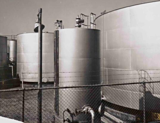 Anselm Adams David Arrington Sothebys Oil Tanks, $7.000 - 10.000
