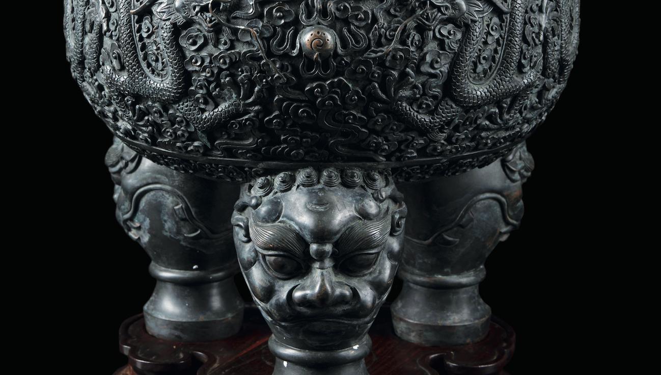 Gioielli e arte orientale in asta da Cambi. Dai coralli ai bronzi, dalle perle agli smeraldi