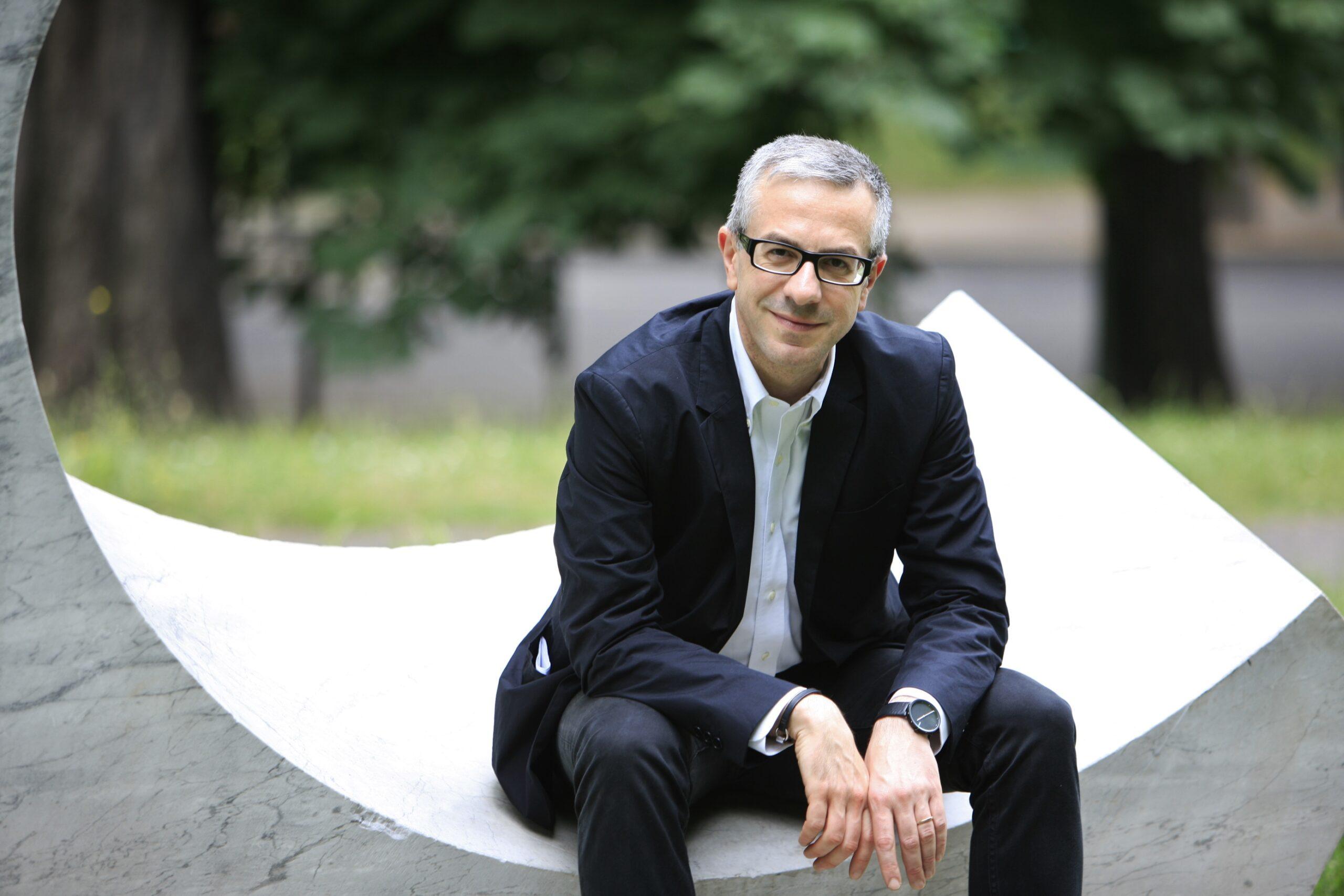 Lezioni d'Arte Contemporanea: Vincenzo Trione fa da Cicerone in diretta streaming