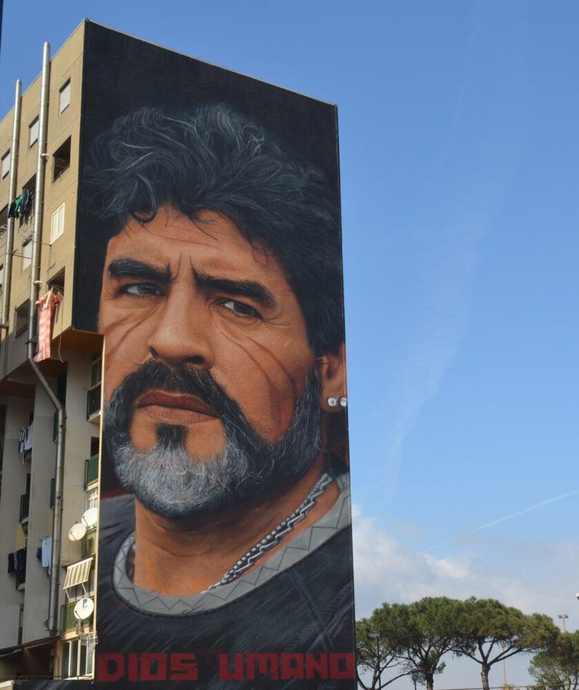 murale maradona napoli