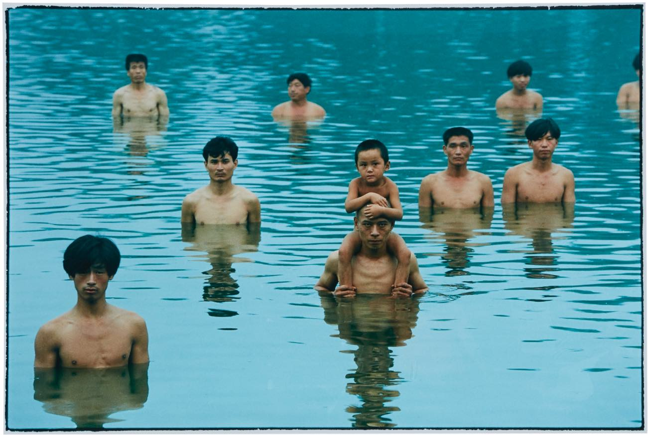 The body as language. A Milano, le performance di Zhang Huan in una mostra fotografica
