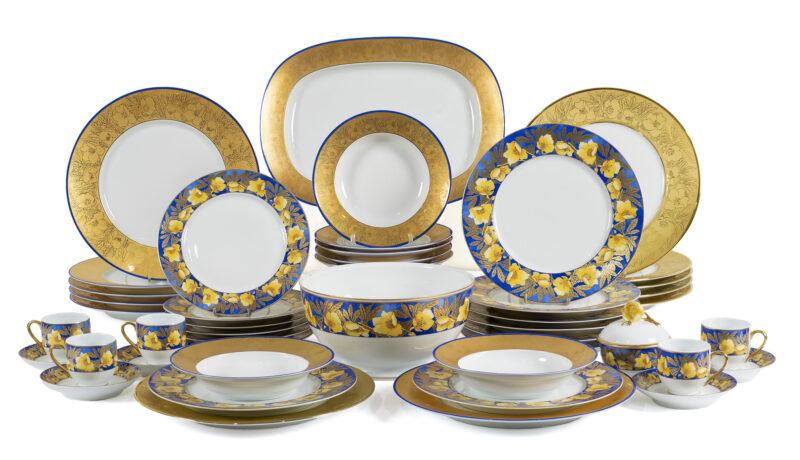 Lotto 26 - Lalique, manifattura Limoges, servizio da tavola in porcellana (87). Stima 1.000-1.500 euro