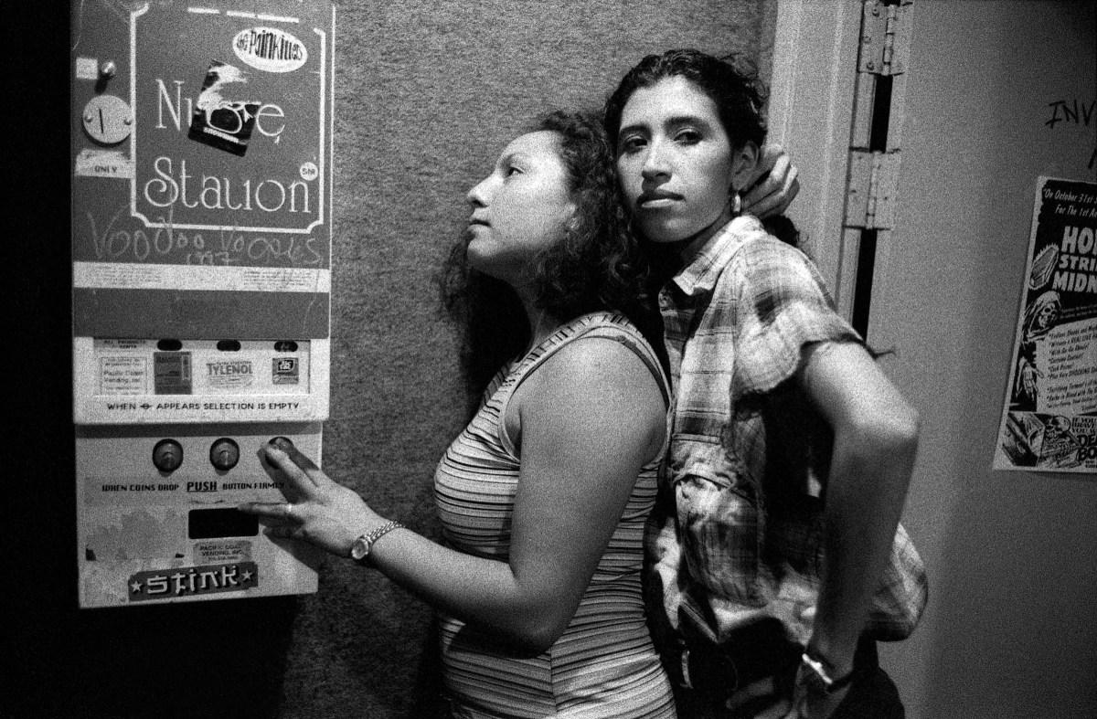 Reynaldo Rivera rievoca la scena queer della Los Angeles anni '80 e '90