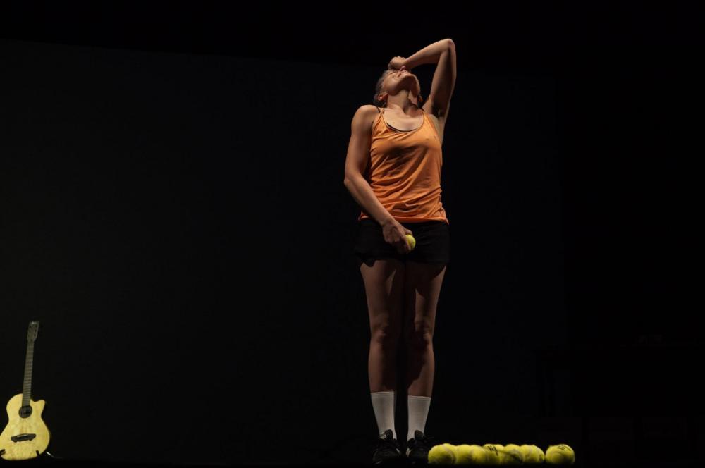 Cinzia Pietribiasi in Padre d'amore, padre di fango. Compagnia Pietribiasi/ Tedeschi, 2020