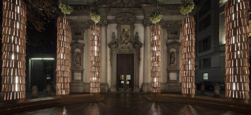 L'installazione luminosa di Michele De Lucchi