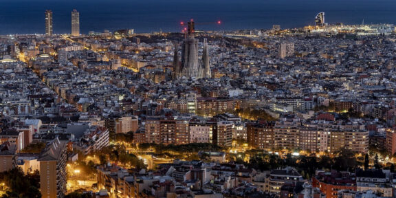 Night view of Barcelona. © Laura Guerrero.