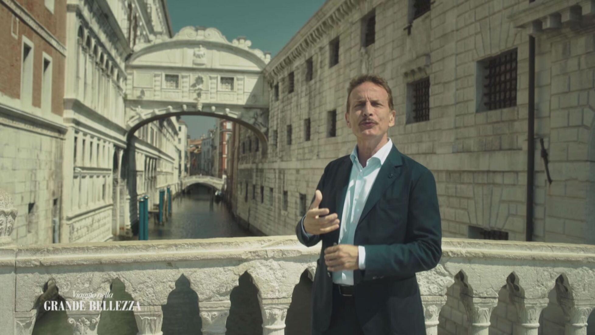 """Canale 5 chiude """"Viaggio nella grande bellezza""""? No, anzi sarà potenziato"""