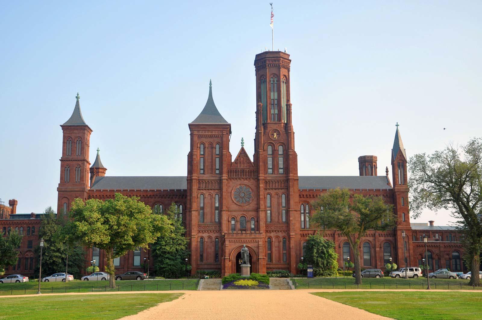 Storie del 2020 per una capsula del tempo: il progetto dello Smithsonian di Washington