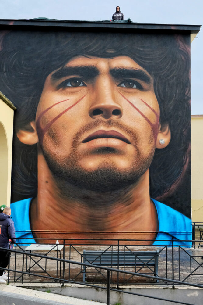 Murale di Jorit su Maradona