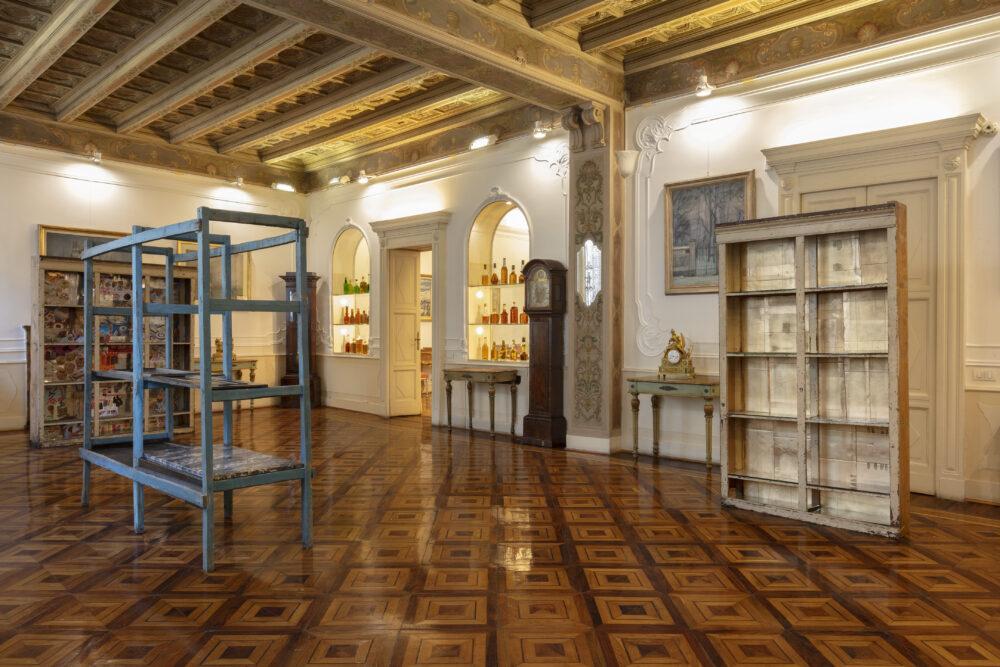 Vita D'Artista, Flavio Favelli © Fondazione Adolfo Pini, 2020. Credits Andrea Rossetti