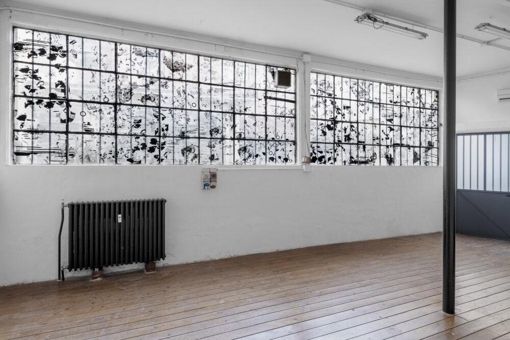 Stefano Comensoli_Nicolò Colciago - Incanto e paranoia (tra due istanti), 2020 - screen printing film collage, installation site-specific. Courtesy Mucho Mass. Ph. Luca Vianello