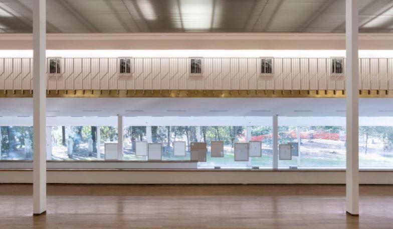Installation view di AUTORITRATTO di Luisa Lambri, PAC di Milano