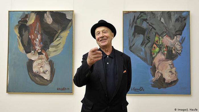 Georg Baselitz dona sei ritratti 'a testa in giù' al Met
