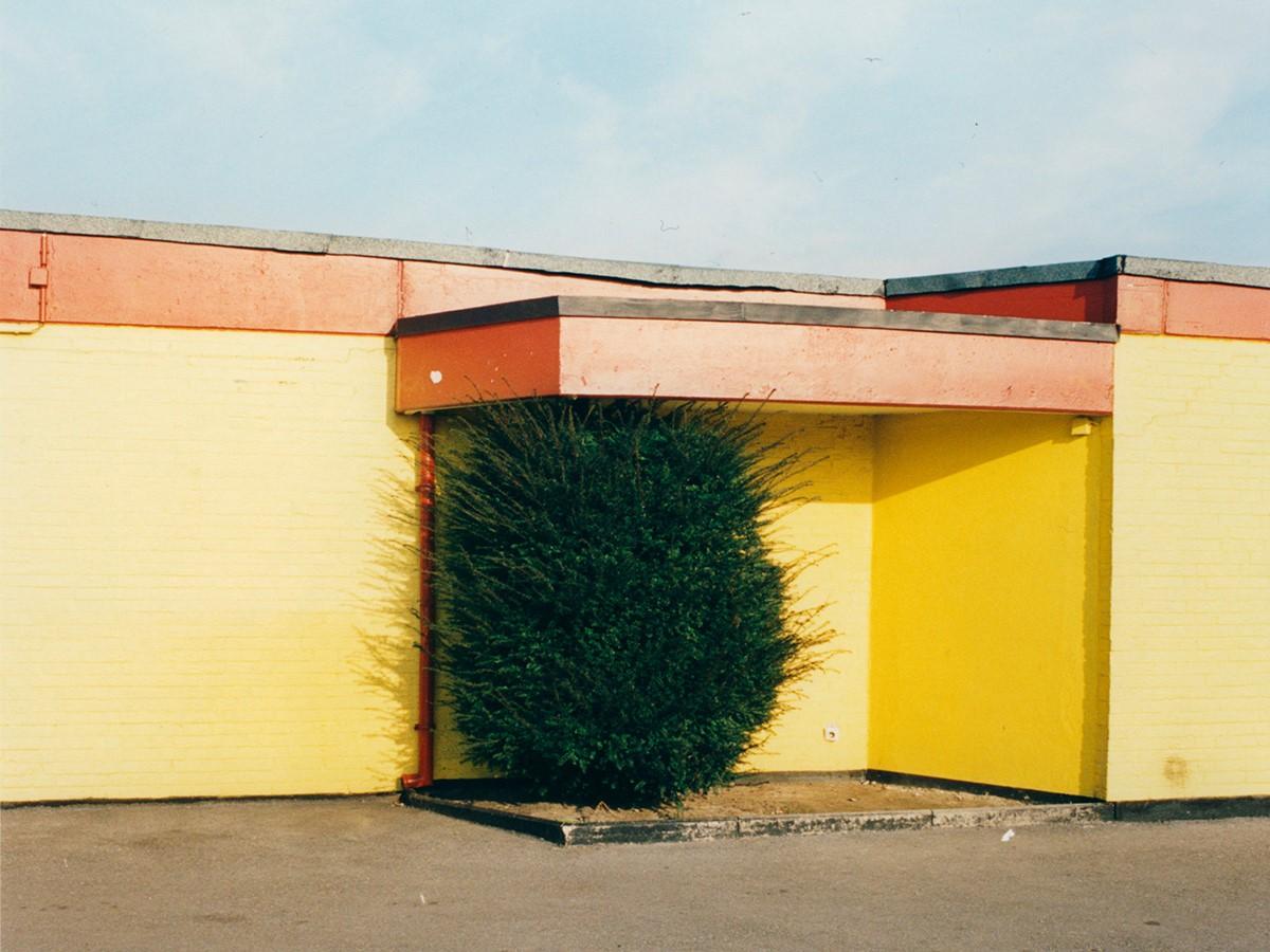 Esilio e appartenenza nelle fotografie di Jitka Hanzlová. La personale a Milano