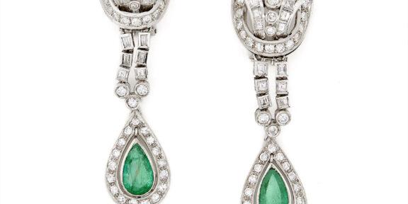 Paio di orecchini pendenti con diamanti (lotto 20, stima 1.200 – 1.600 euro)
