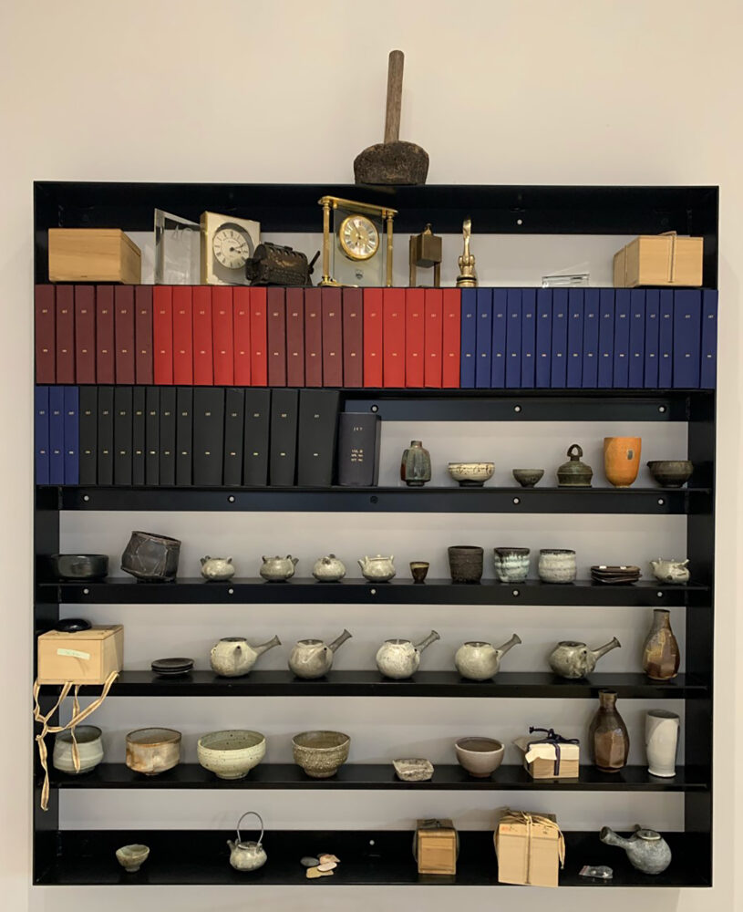 Theaster Gates Black Tea and World Gifts , 2020 Steel, bound Jet volumes, ceramic objects. © Theaster Gates. Image: Courtesy the artist