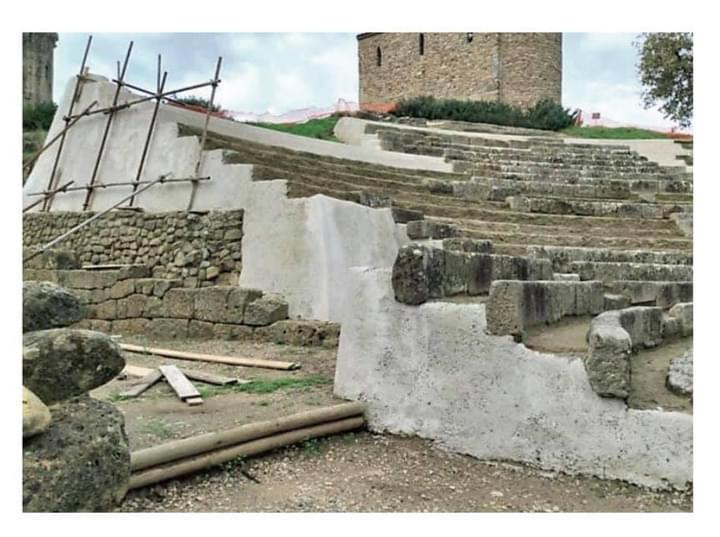 Teatro greco di Velia intonaci