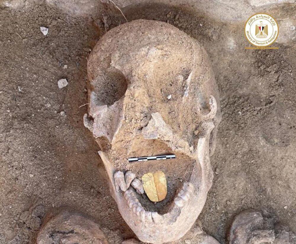 mummie lingua d'oro
