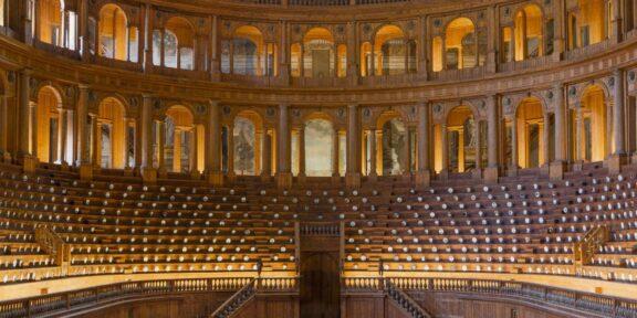 Allestimento nel Teatro Farnese Complesso Monumentale della Pilotta. ph Cosimo Filippini