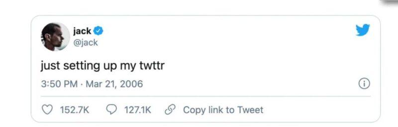 Il primo tweet su Twitter, a opera di Jack Dorsey. Venduto in NFT