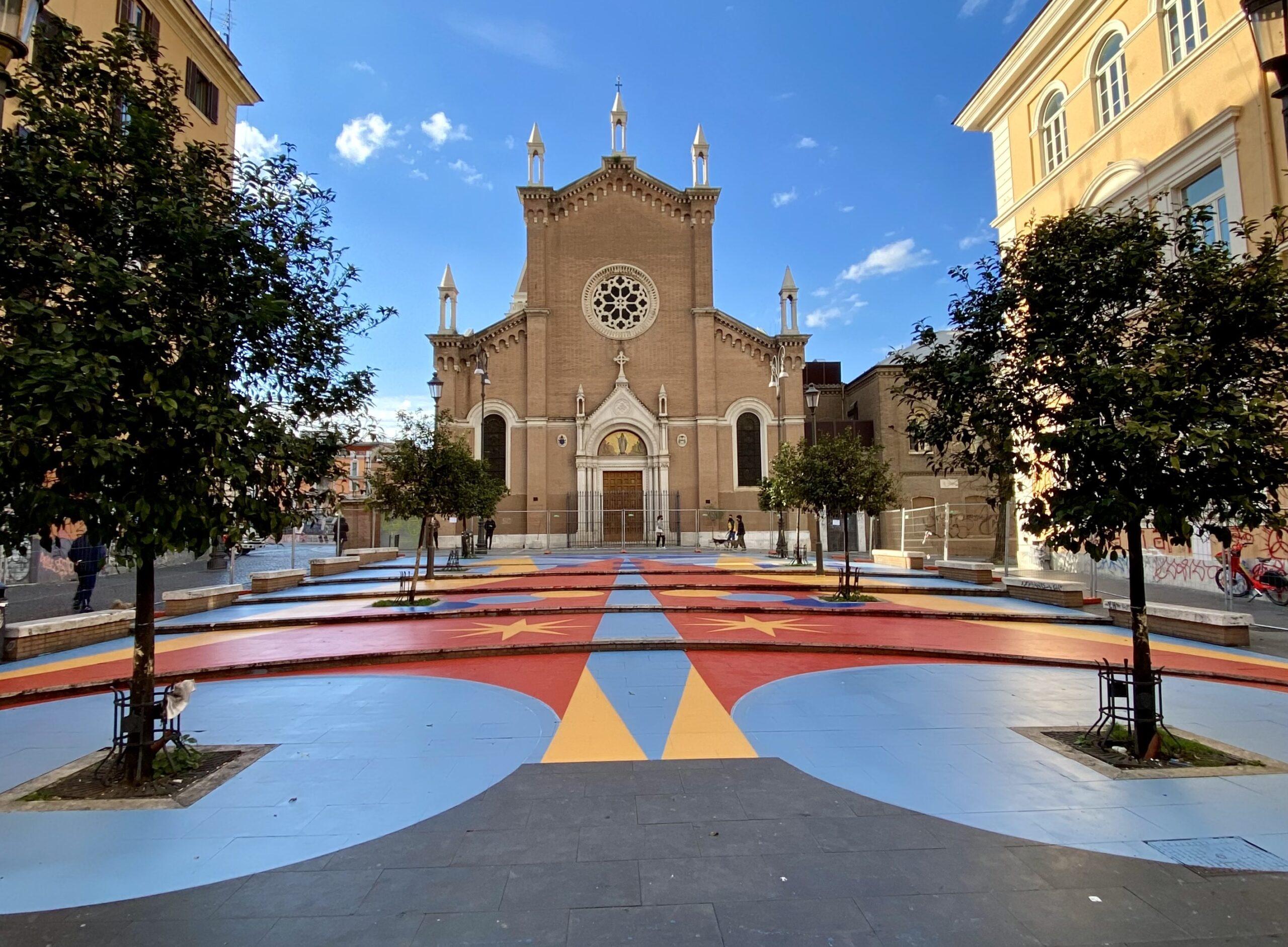 """Street-art orizzontale a San Lorenzo. """"Fantasia in piazza"""" trasforma il cuore del quartiere"""