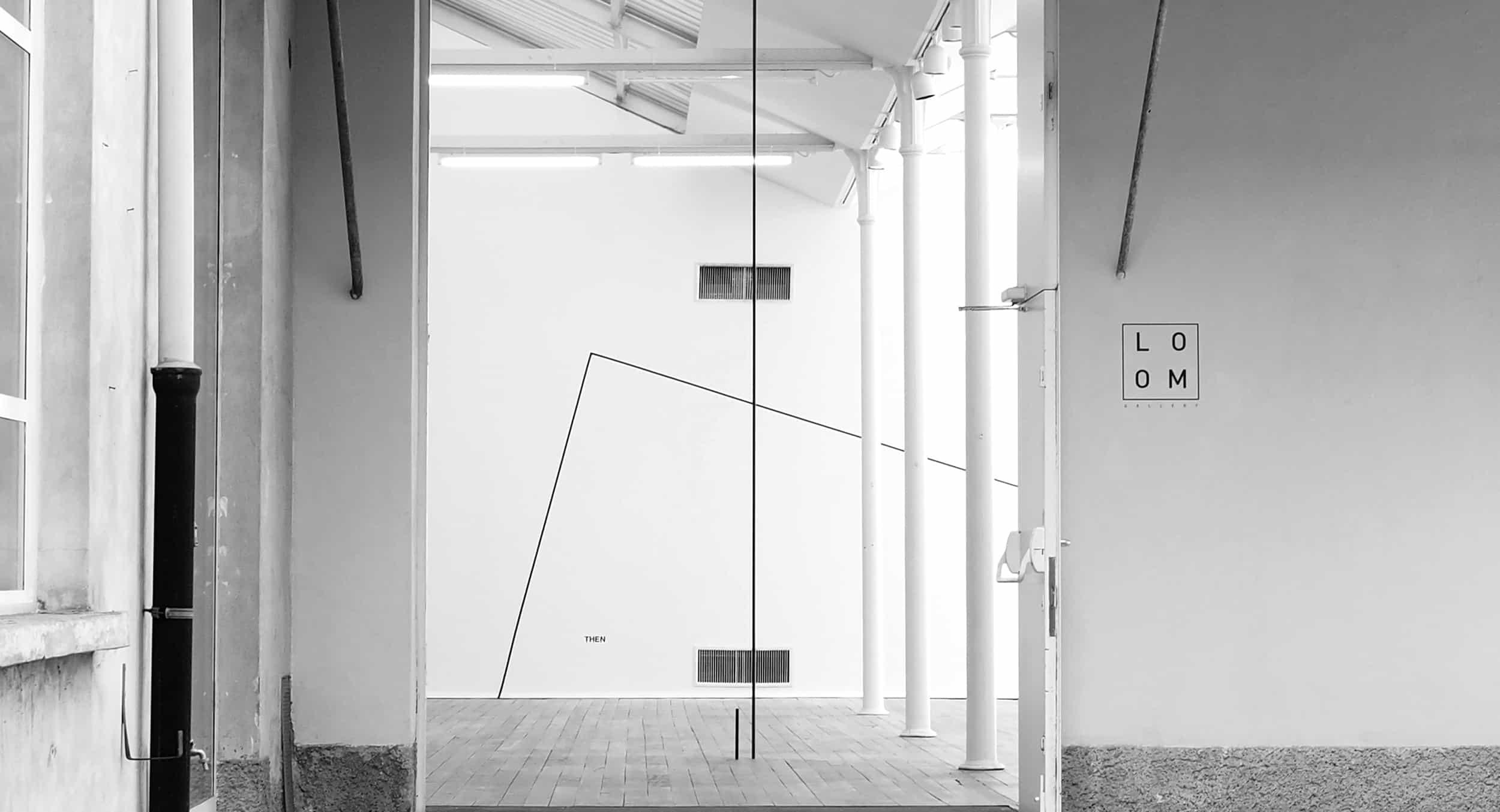 Parole, linee, pali e spazi. Il vocabolario concettuale di Peter Downsbrough a Milano