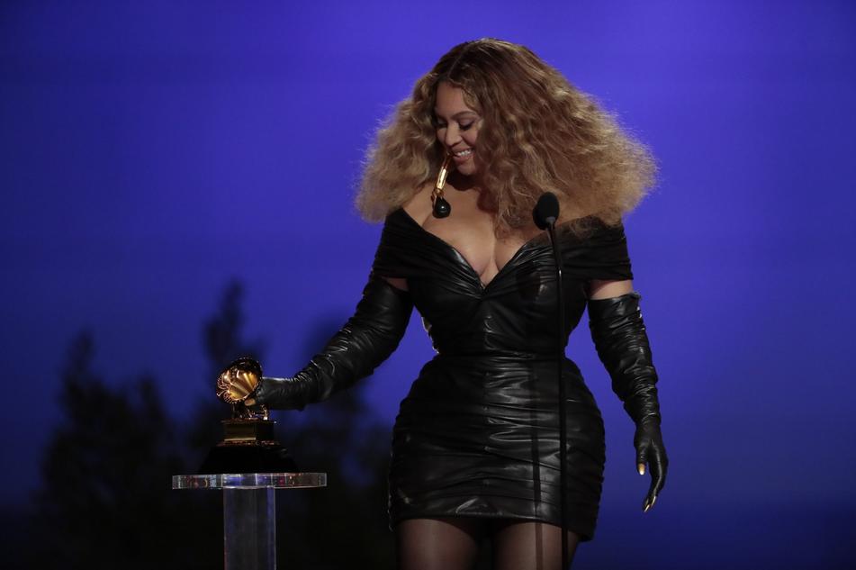 Grammy Award, trionfano le donne. Tutti i premi