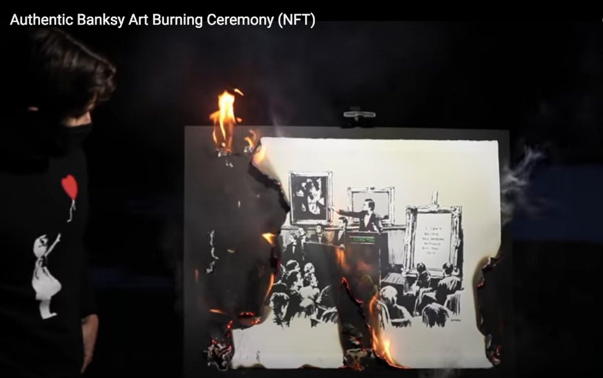 Un altro Banksy distrutto. Bruciato, per trasformarlo in un NFT