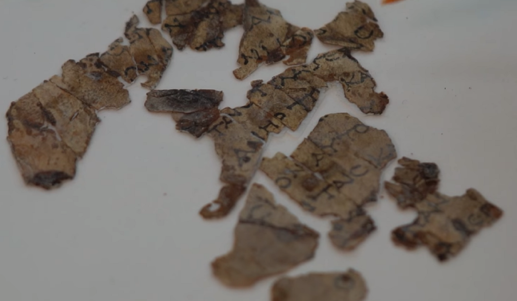 Nuovi testi biblici di 2mila anni fa. Storica scoperta archeologica in Israele