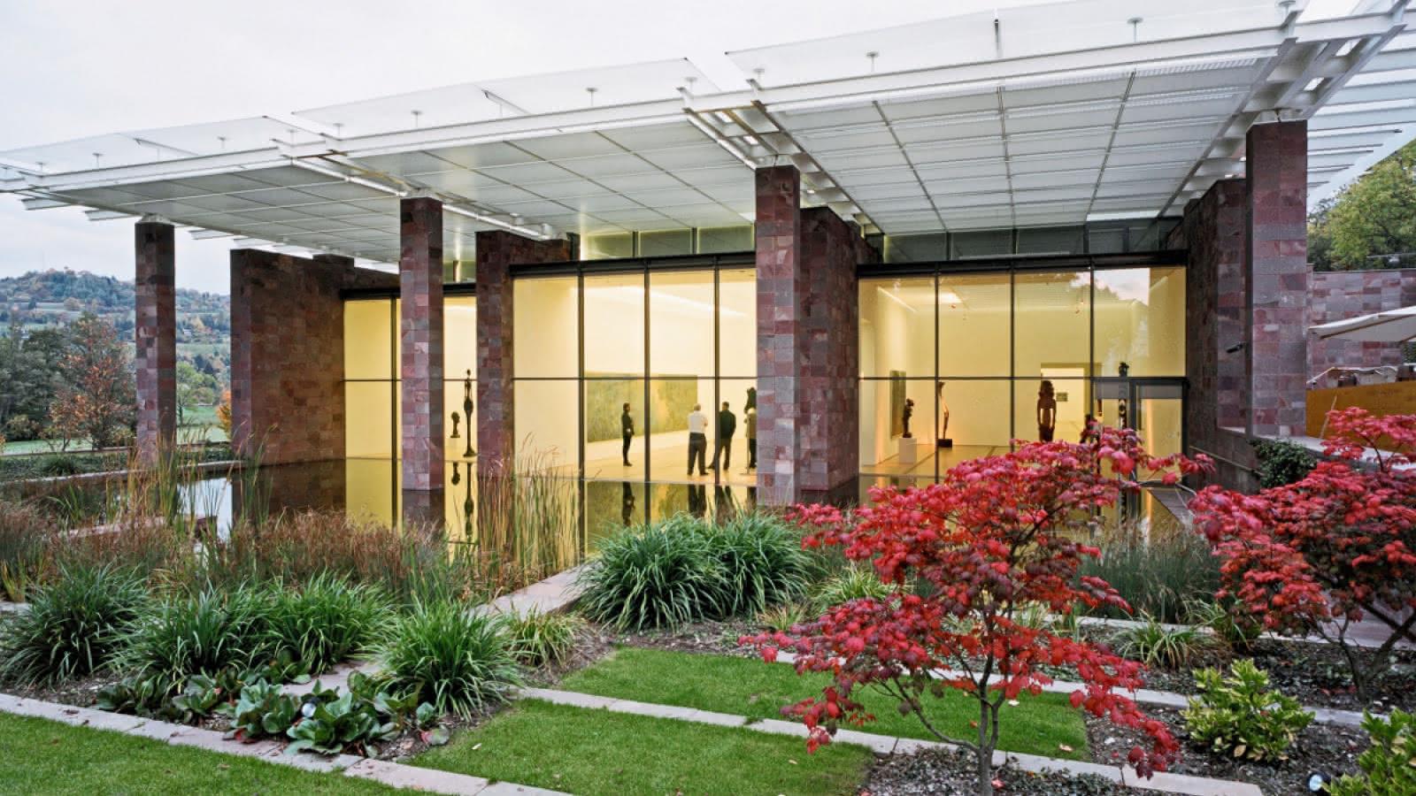 Uno spazio di armoniosa coesistenza: l'installazione di Olafur Eliasson alla Fondation Beyeler