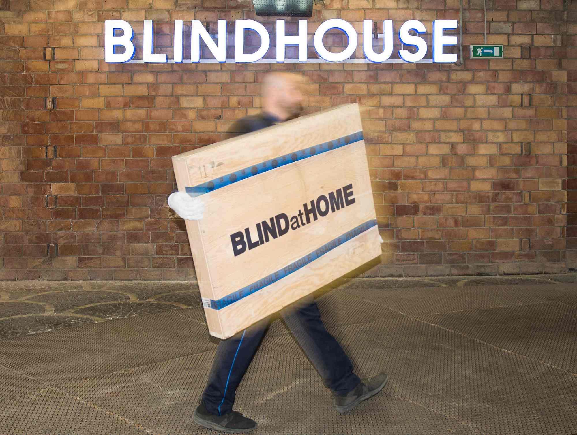Blindhouse presenta BLINDatHOME: la versione smart della custodia a distanza di opere d'arte