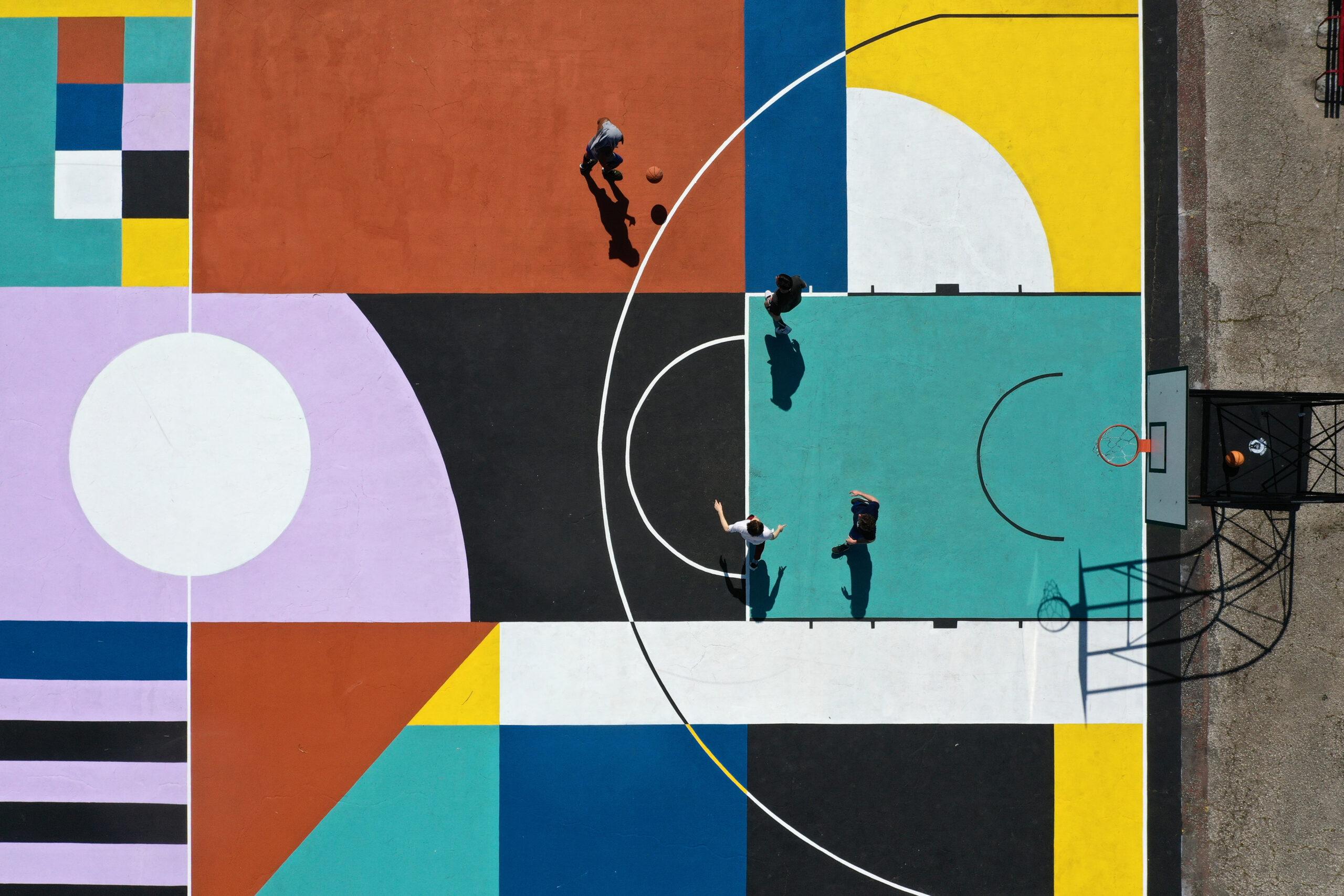 Un campo da basket a Roma è una vera e propria opera d'arte