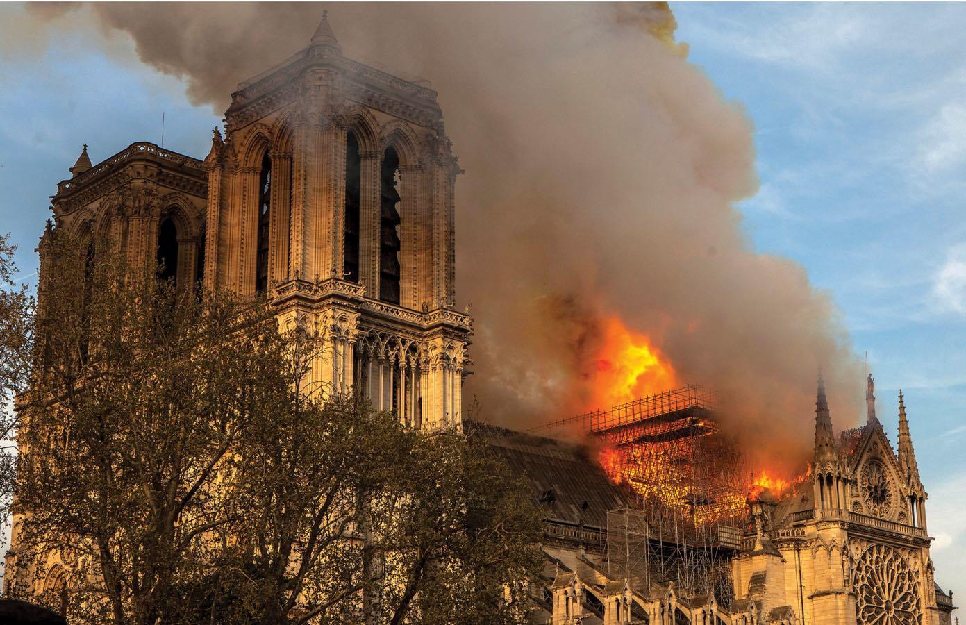 La ricostruzione di Notre-Dame di Parigi: visita al cantiere