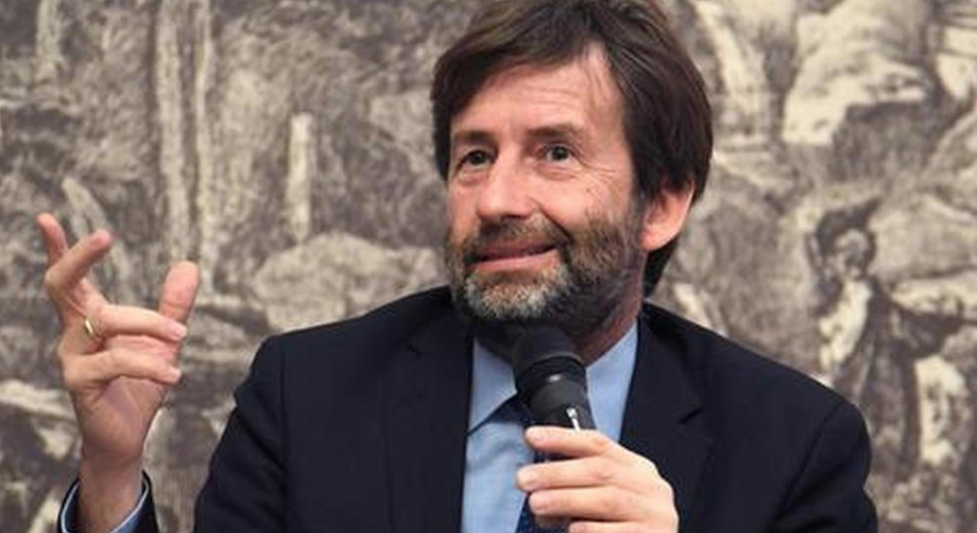 """""""Lo spettacolo il più colpito dalla pandemia"""". Franceschini, ha presente la crisi nell'arte?"""