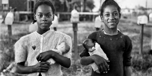 New Orleans, 1947. (Elliott Erwitt, Magnum Photos)