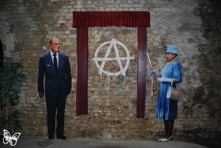 Banksy Roma narchist Royal Family , 2010, Photo by Butterfly Art New