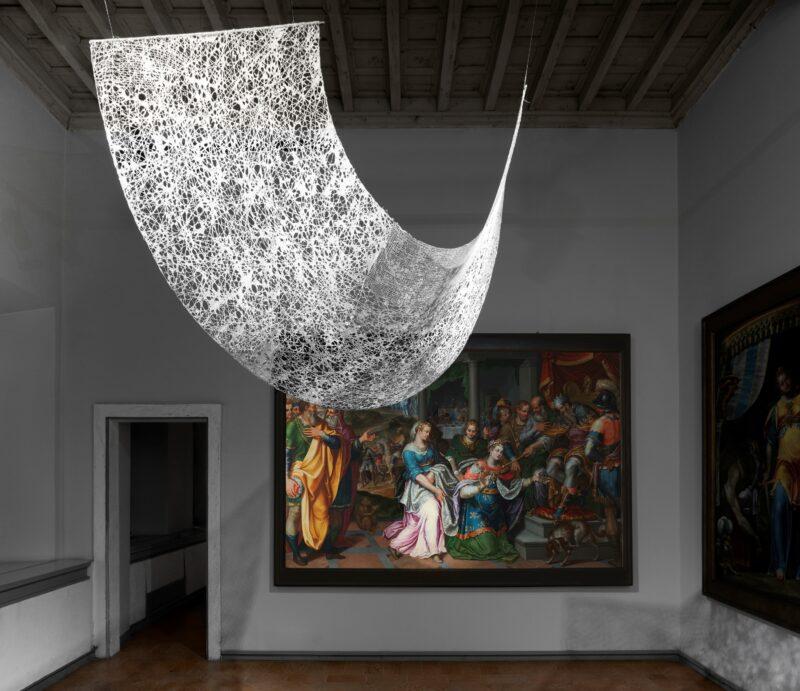 Wanda Casaril Mappa per un viaggio immaginario, 2000 Filo di cotone, carta, 80x140 cm Collezione privata
