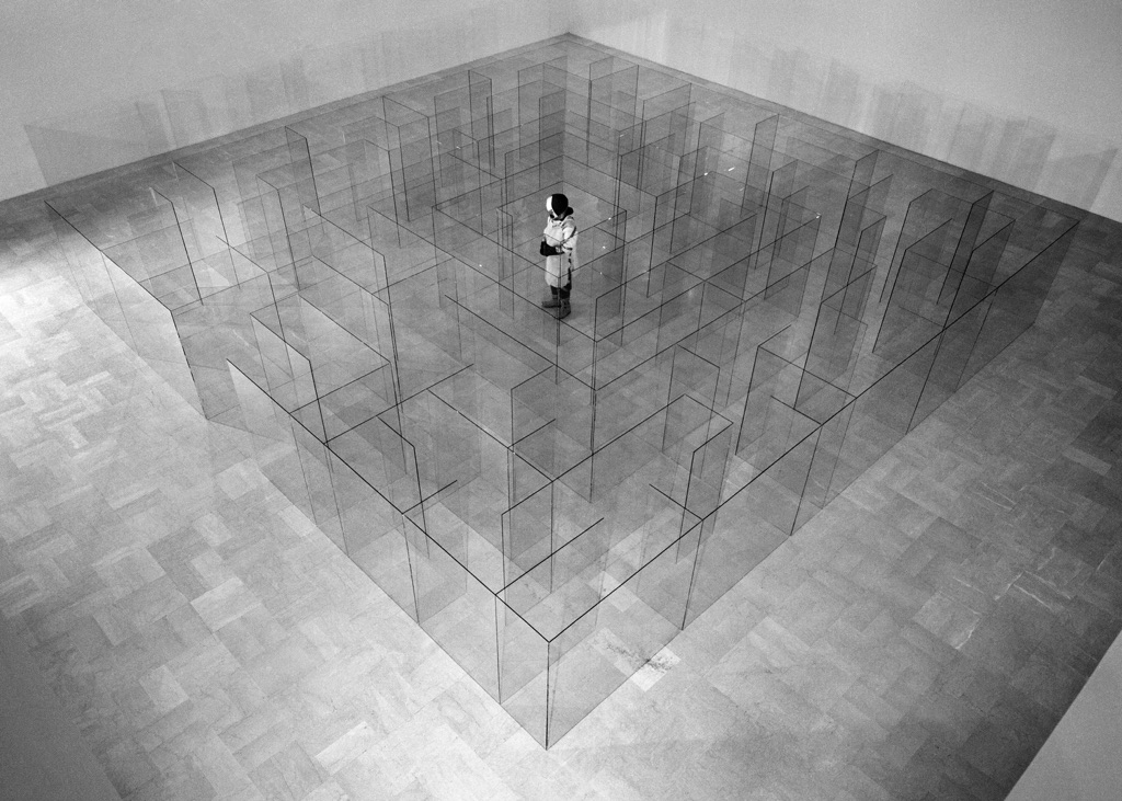 Il fotografo e l'artista. Lo sguardo di Aurelio Amendola su Claudio Parmiggiani
