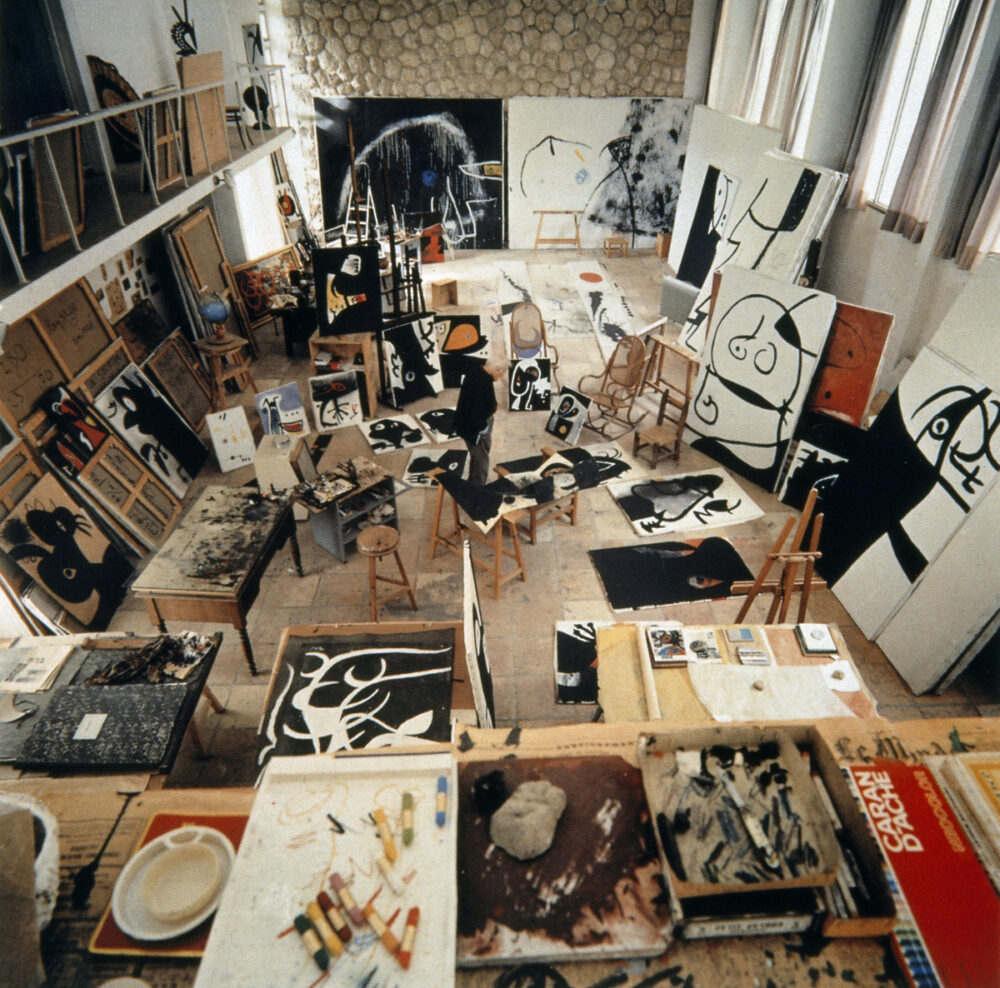 Joan Miró's studio, Mallorca, 1973, Photo Francesc Català-Roca © Photographic Archive of the Historical Archive of the College of Architects of Catalonia