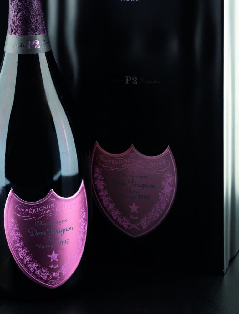 Dom Perignon, P2 Rose del 1996 (lotto 208, stima 500 – 700 euro)