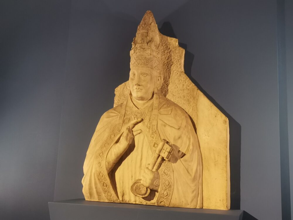 Arnolfo di Cambio, Busto di Bonifacio VIII (calco in gesso)
