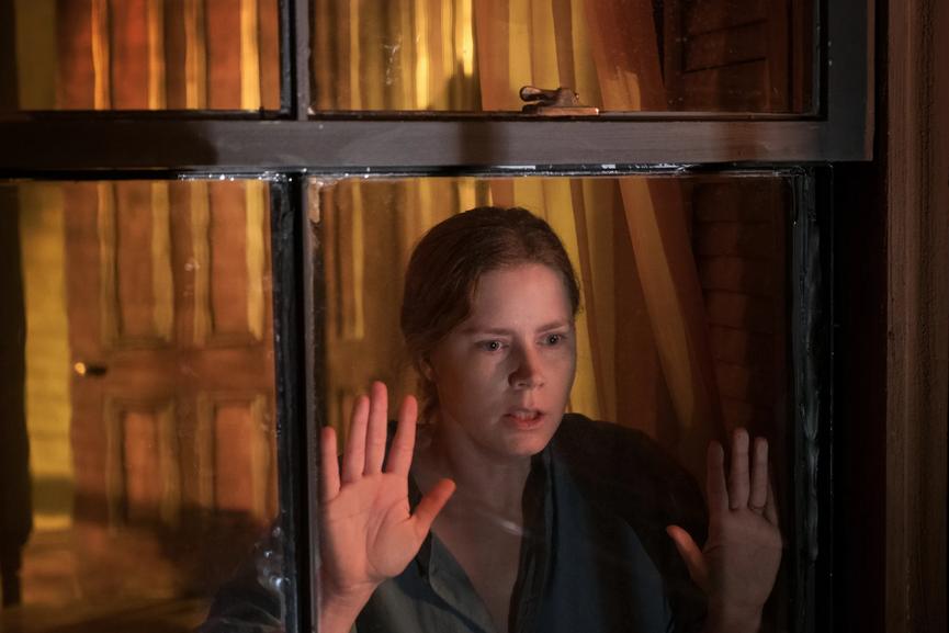 La Donna alla Finestra, su Netflix il nuovo film di Joe Wright