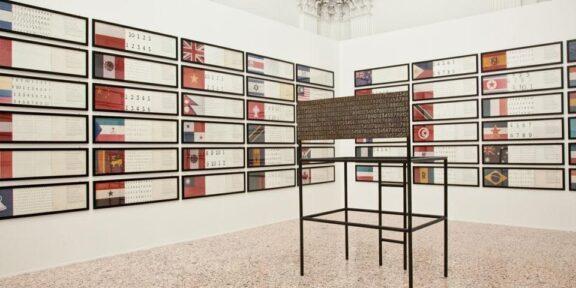 Veduta della mostra Addio anni 70, a Palazzo Reale