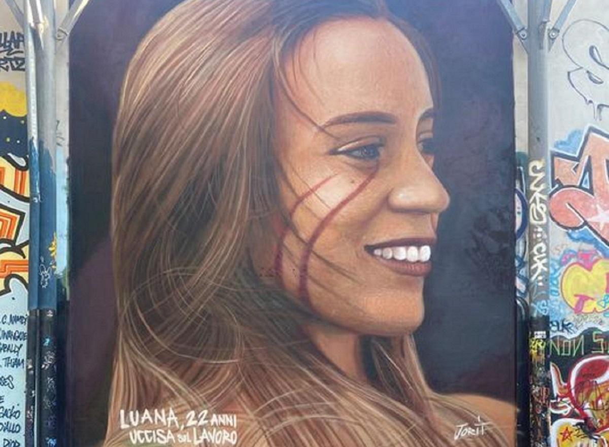 """Anche la povera Luana D'Orazio nella """"Human Tribe"""". Il murale di Jorit a Roma"""