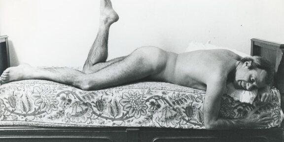 Achille Bonito Oliva, 1981 Foto / Photo Sandro Giustibelli CRRI – Centro di Ricerca Castello di Rivoli, Castello di Rivoli Museo d'Arte Contemporanea, Rivoli - Torino Donazione / Gift Archivio Achille Bonito Oliva