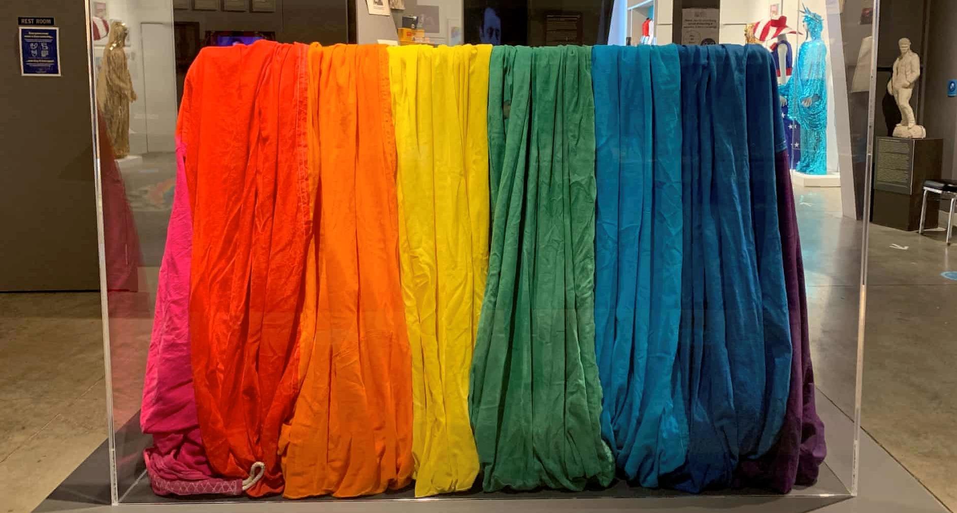 Arcobaleno da museo. Torna a San Francisco la bandiera originale creata da Gilbert Baker