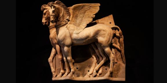 Museo archeologico nazionale di Tarquinia, il celebre altorilievo dei cavalli alati