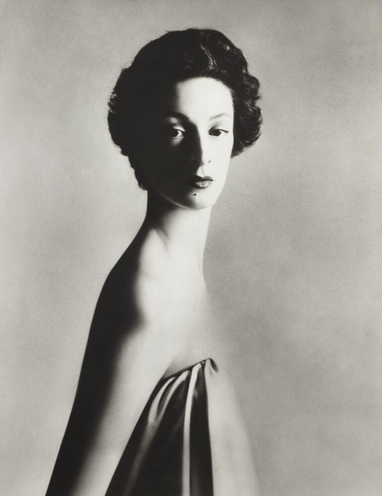 Richard Avedon, Marella Agnelli, 1953, 30,000 - 50,000 EUR_© Richard Avedon